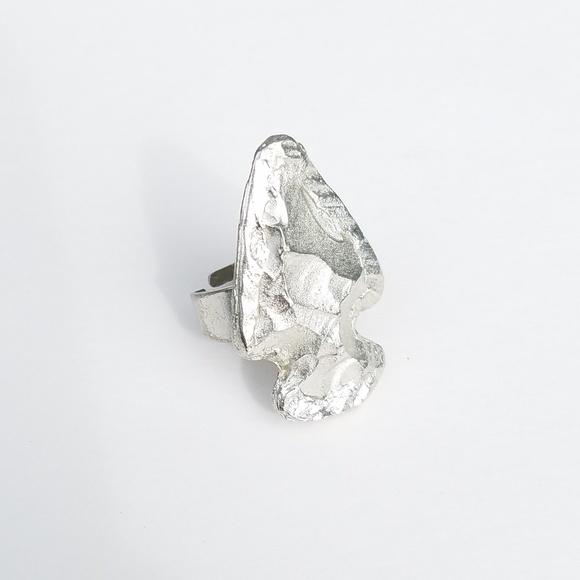 Jewelry - Adjustable Silver Tone Western Arrow Fashion Ring